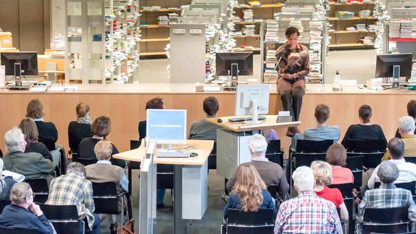 Lesung mit dem Schauspieler Mario Krichbaum im Lesesaal der Deutschen Nationalbibliothek in Frankfurt am Main