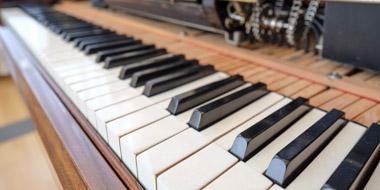 Keyboard of a Steck Duo-Art reproducing piano